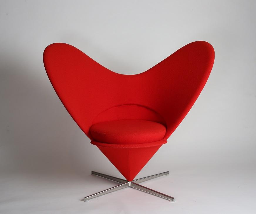 ヴェアナ・パントン 椅子「ハートコーンチェア」1958年